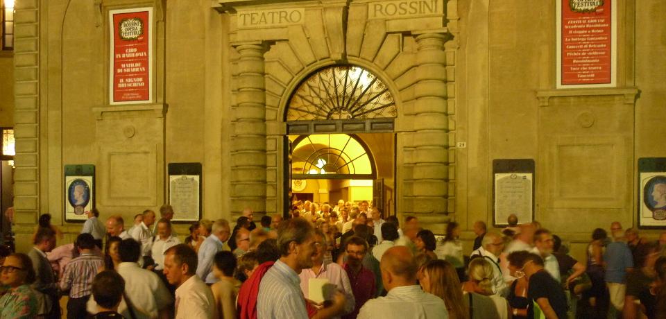 teatro_outside_960_460